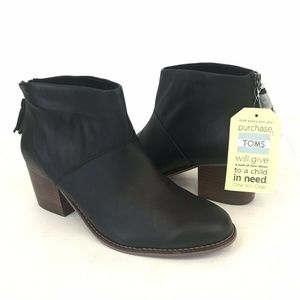 Toms Leila Black Leather Ankle Boots Booties Sz 12